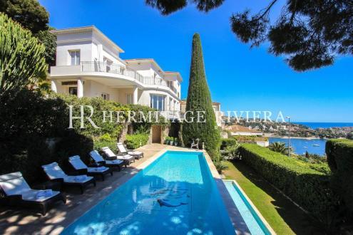Luxury House for rent VILLEFRANCHE SUR MER, 300 m², 5 Bedrooms