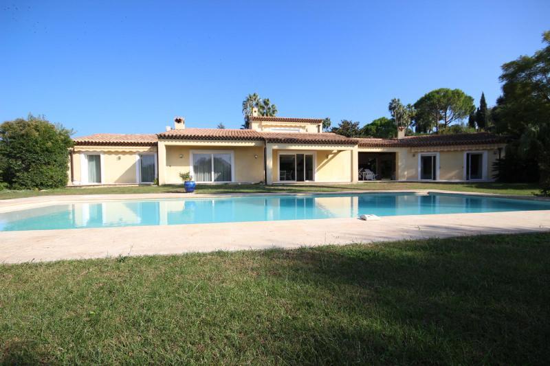 Prestige Villa CAP D'ANTIBES, 295 m², 6 Bedrooms, €3800000