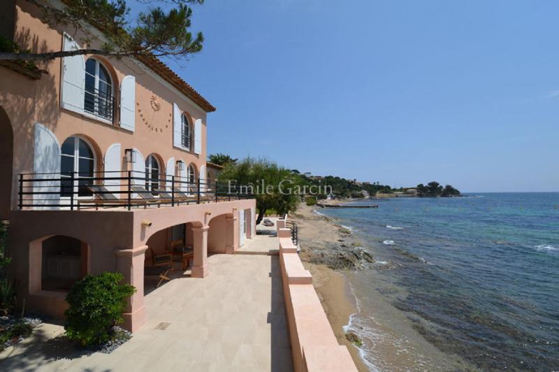 Maison de luxe à louer GRIMAUD, 350 m², 5 Chambres,