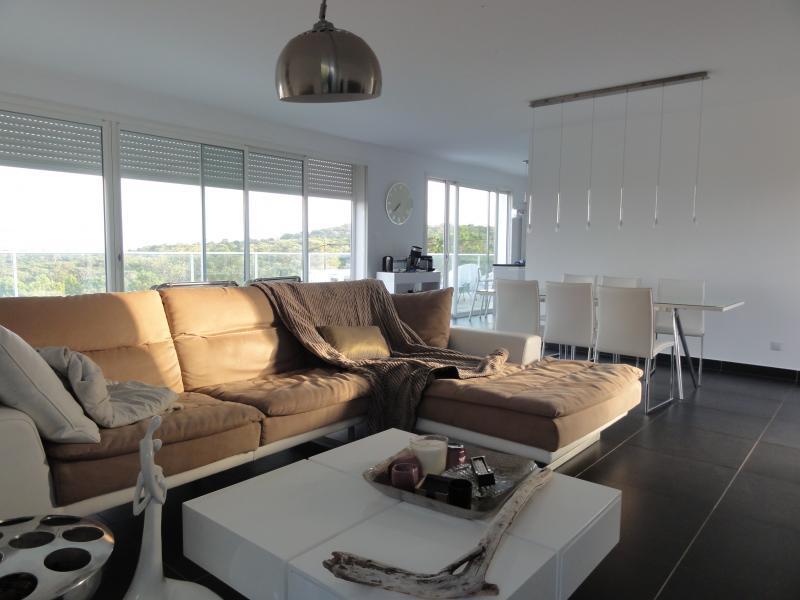 Поместье класса люкс Сент-Люси-Де-Порто-Веккио, 250 м², 4 Спальни