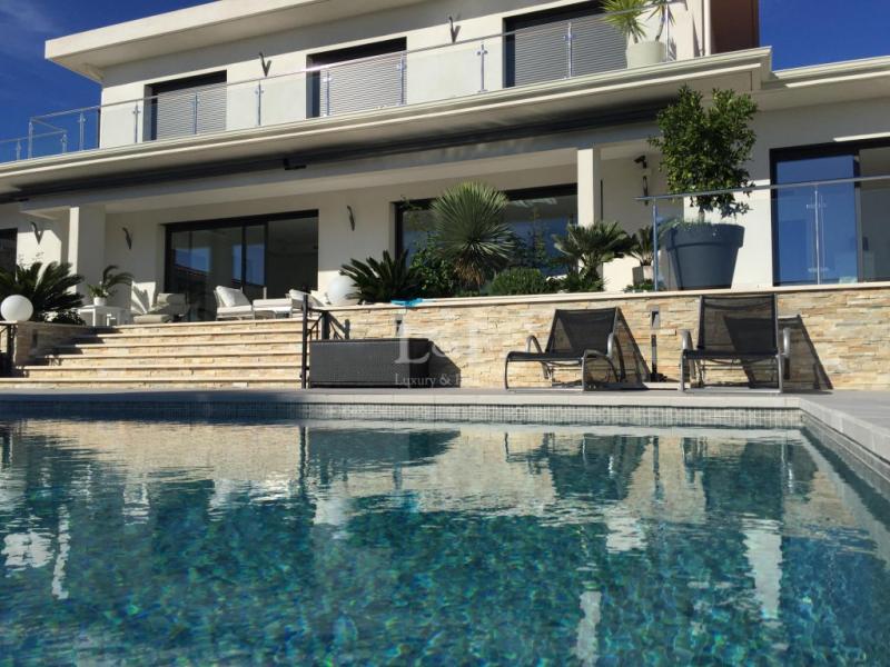 Vendita Villa di prestigio LA ROQUETTE SUR SIAGNE