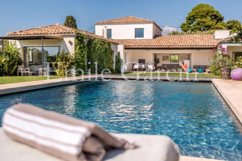 Maison de luxe en location CASSIS, 235 m², 5 Chambres