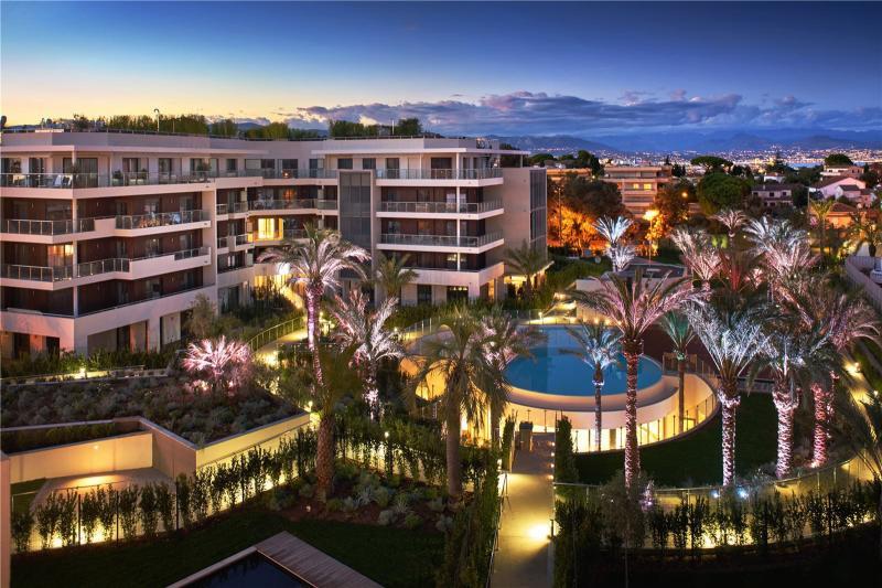 Prestige-Wohnung CAP D'ANTIBES, 43189 m², 1 Schlafzimmer, 587500€