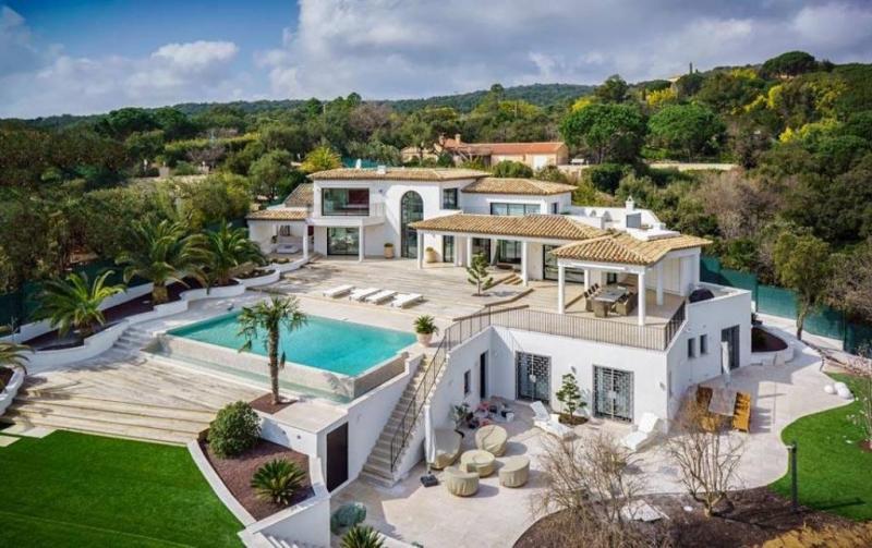 Maison de luxe à louer GRIMAUD, 430 m², 4 Chambres,