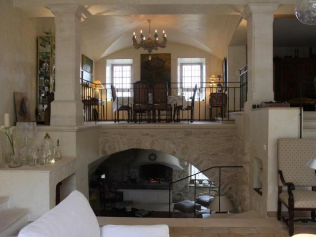 Luxury House for rent MENERBES, 300 m², 4 Bedrooms,