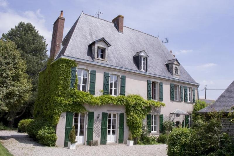 Prestige-Haus VITRE, 275 m², 6 Schlafzimmer, 742000€