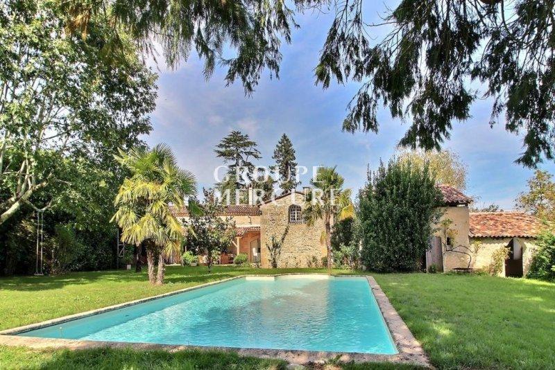 Maison de prestige BORDEAUX, 302 m², 7 Chambres, 598000€