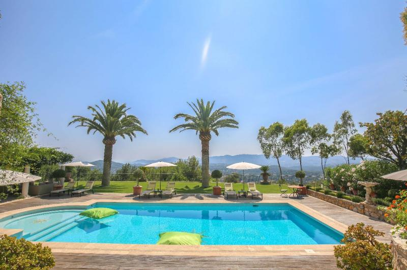 Luxury House for rent MOUANS SARTOUX, 7 Bedrooms,
