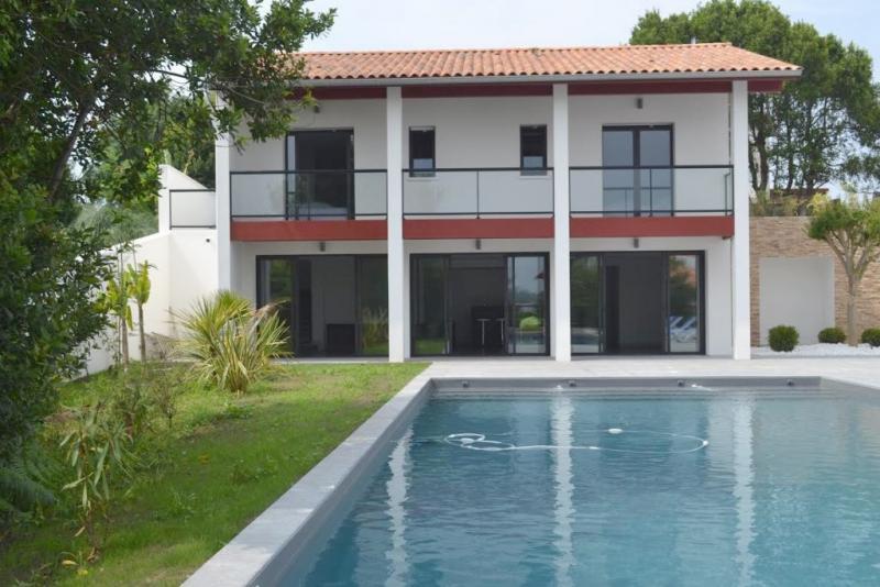 Maison de luxe en location SAINT JEAN DE LUZ, 450 m², 6 Chambres