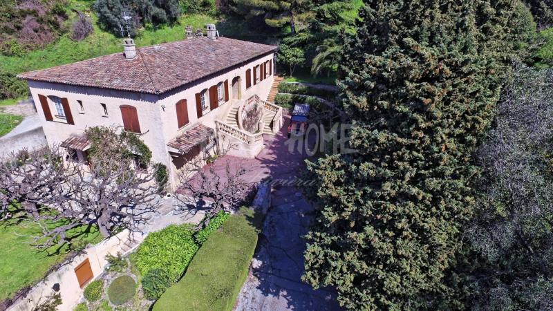 Villa de prestige MOUGINS, 230 m², 4 Chambres, 880000€