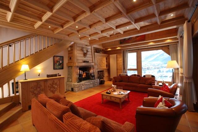 Maison de luxe à louer VAL D'ISERE, 350 m²