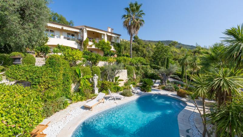 Propriété de prestige VENCE, 215 m², 5 Chambres, 1280000€