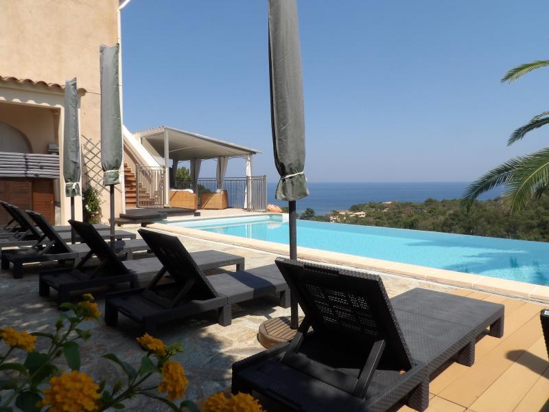 Villa de prestige SARI SOLENZARA, 220 m², 4 Chambres, 950000€