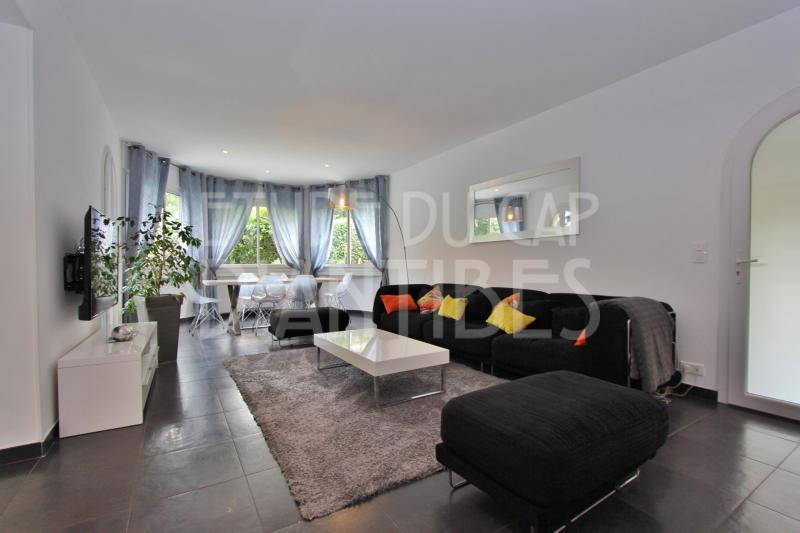 Maison de luxe à louer CAP D'ANTIBES, 140 m², 3 Chambres,