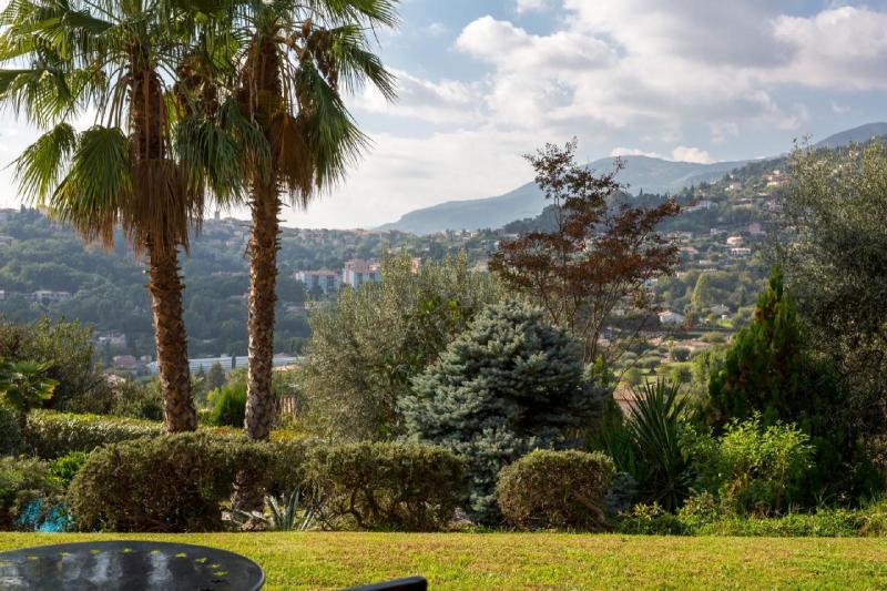 Propriété de prestige VENCE, 220 m², 4 Chambres, 1120000€