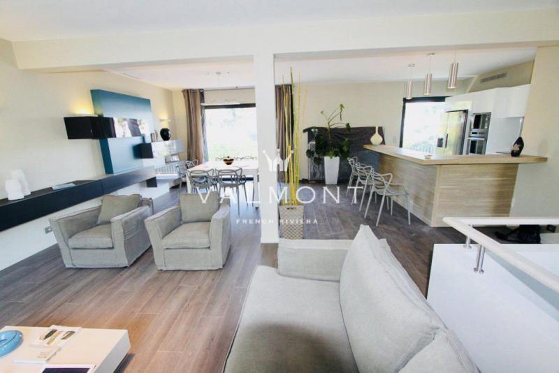 Luxury House for rent ROQUEBRUNE CAP MARTIN, 210 m², 4 Bedrooms,