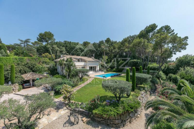 Luxury House for rent MOUGINS, 320 m², 5 Bedrooms,