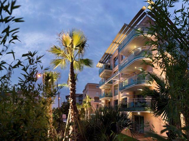 Luxus-Wohnung zu vermieten FREJUS, 30 m², 1 Schlafzimmer,