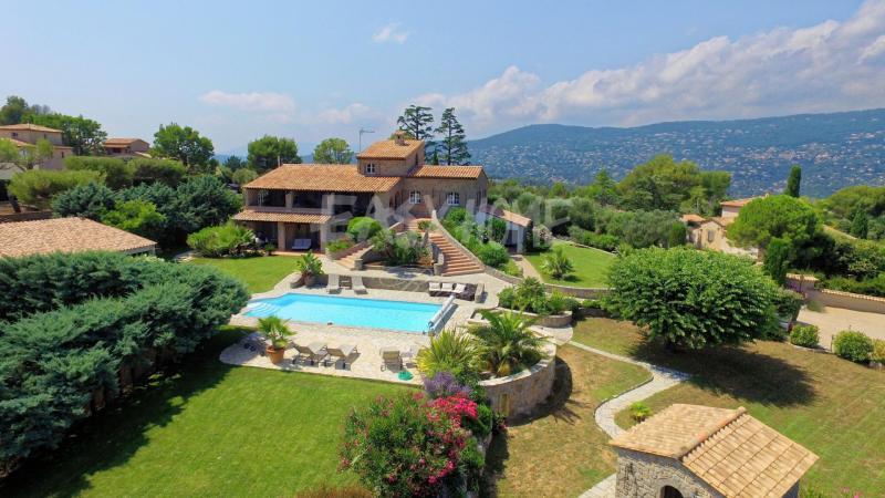 Villa de prestige PEYMEINADE, 283 m², 5 Chambres, 1490000€