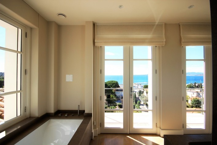 Luxury House for rent CAP D'ANTIBES, 400 m², 6 Bedrooms,