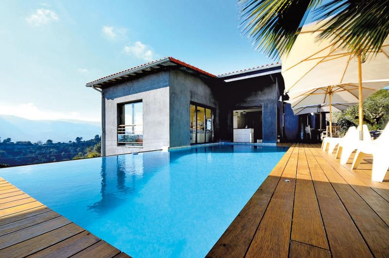 Verkauf Prestige-Haus CASTAGNIERS