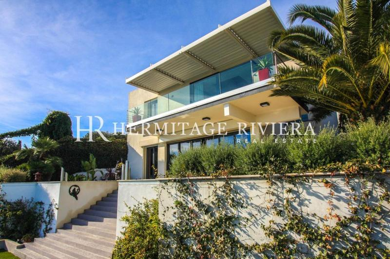 Prestige House MENTON, 220 m², 5 Bedrooms, € 2 400 000
