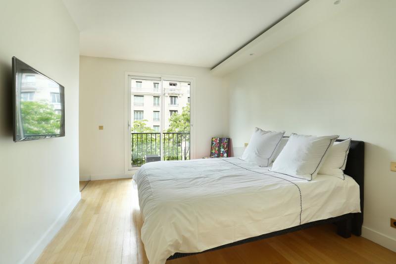 Квартира класса люкс Париж 8ой, 80 м², 1 Спальни, 1795000€