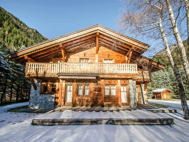Luxury Chalet for rent CHAMONIX MONT BLANC, 210 m², 6 Bedrooms,