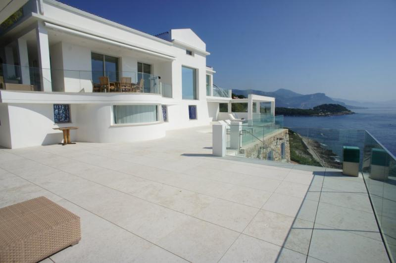 Luxury House for rent SAINT JEAN CAP FERRAT, 630 m², 7 Bedrooms,