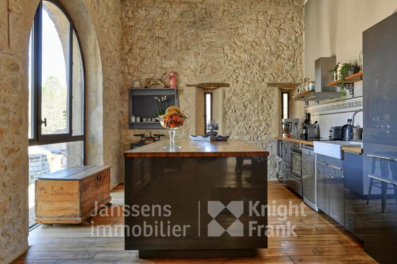 Farm di prestigio RUSTREL, 350 m², 7 Camere, 990000€