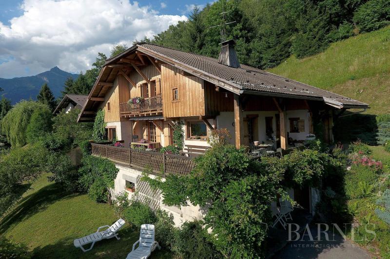 Chalet de prestige SAINT GERVAIS LES BAINS, 211 m², 4 Chambres, 885000€