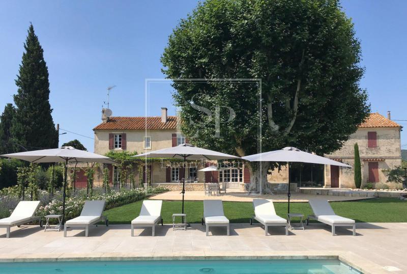 Luxus-Haus zu vermieten FONTVIEILLE, 280 m², 4 Schlafzimmer,