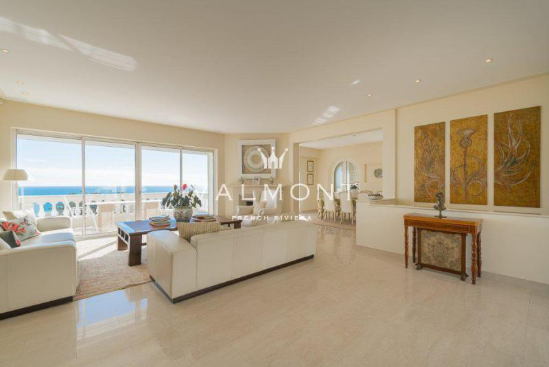 Luxury House for rent ROQUEBRUNE CAP MARTIN, 267 m², 4 Bedrooms,