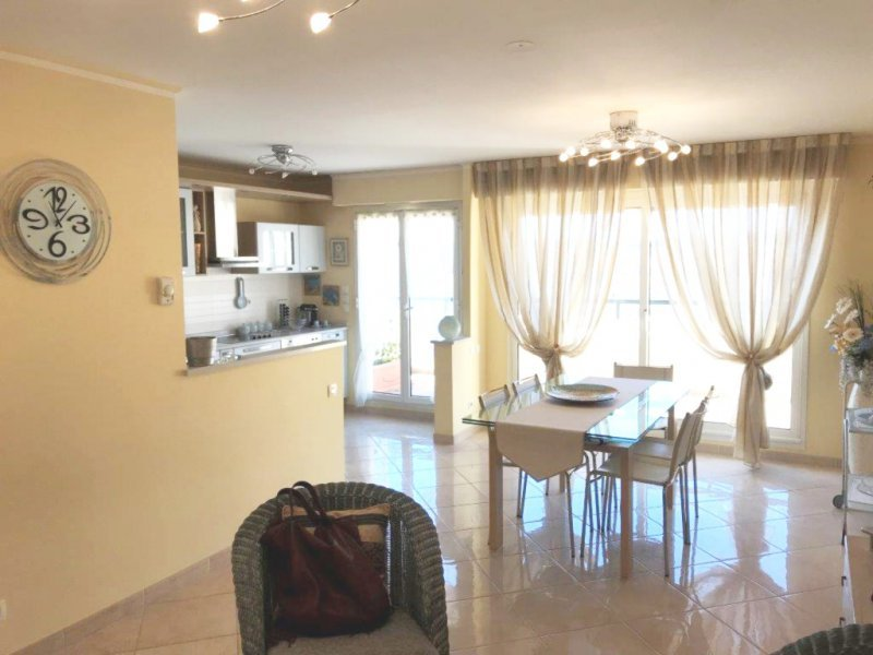 Verkoop Prestigieuze Appartement MENTON