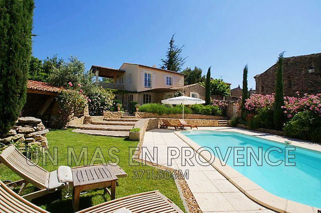 Luxury House for rent CABRIERES D'AVIGNON, 200 m², 4 Bedrooms,