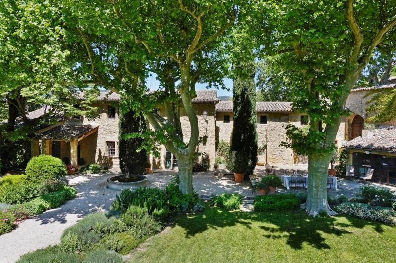 Maison de luxe à louer LOURMARIN, 500 m², 14 Chambres