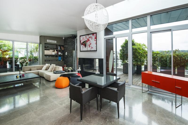 Sale Prestige Apartment ISSY LES MOULINEAUX