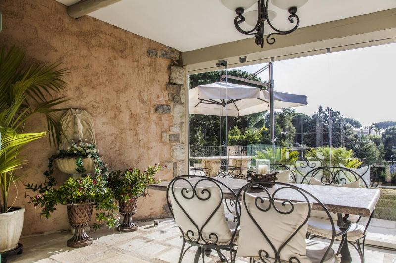 Luxury House for rent CANNES, 300 m², 4 Bedrooms,