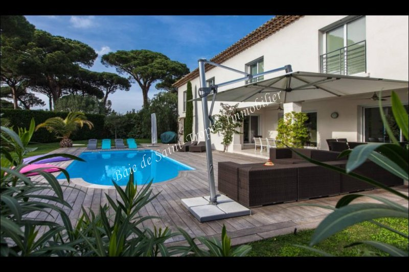Villa de prestige SAINT TROPEZ, 300 m², 5 Chambres, 3395000€
