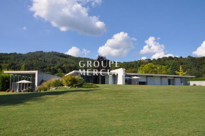 Villa de prestige GRENOBLE, 300 m², 3 Chambres, 1450000€