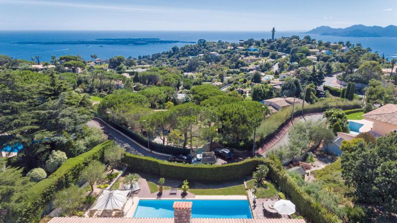 Prestige Property CANNES, € 2 950 000