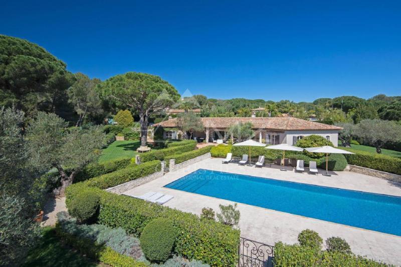 Maison de luxe en location RAMATUELLE, 220 m², 6 Chambres