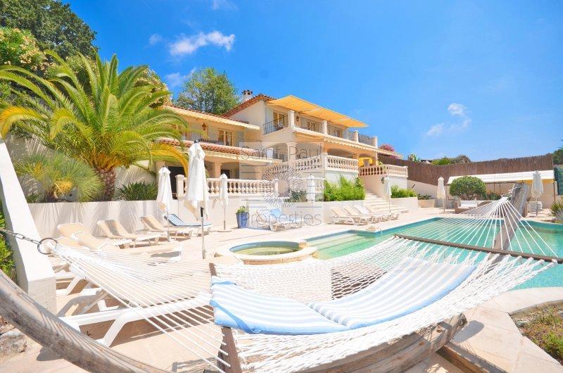 Villa de prestige SAINT PAUL, 270 m², 8 Chambres, 1485000€