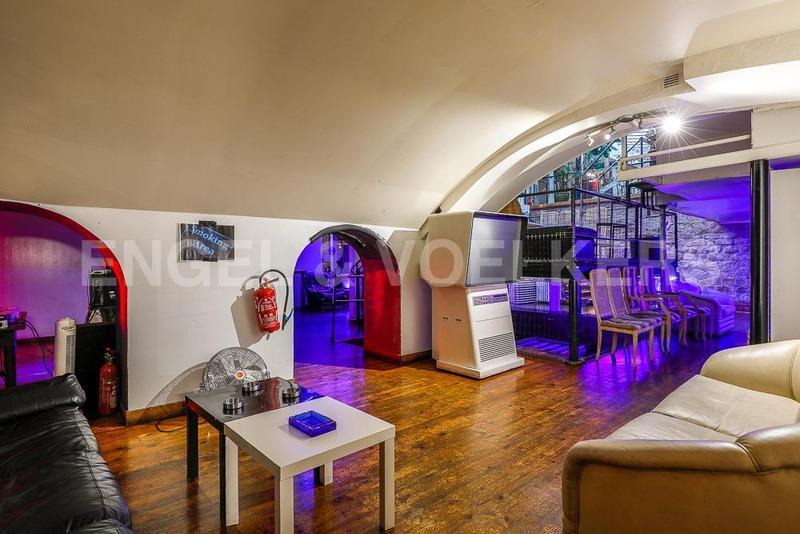 Prestige Loft PARIS 11E, 254 m², 3 Bedrooms, €2625000
