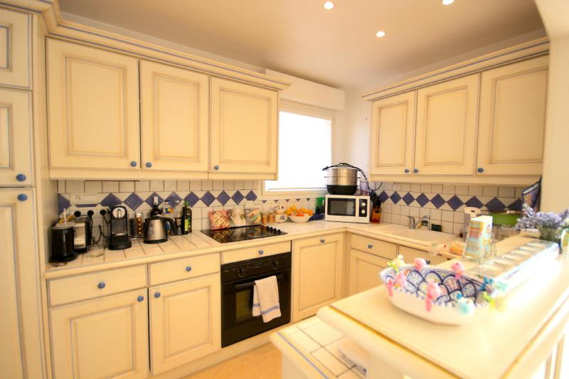 Luxury Apartment for rent CAP D'ANTIBES, 120 m², 3 Bedrooms,