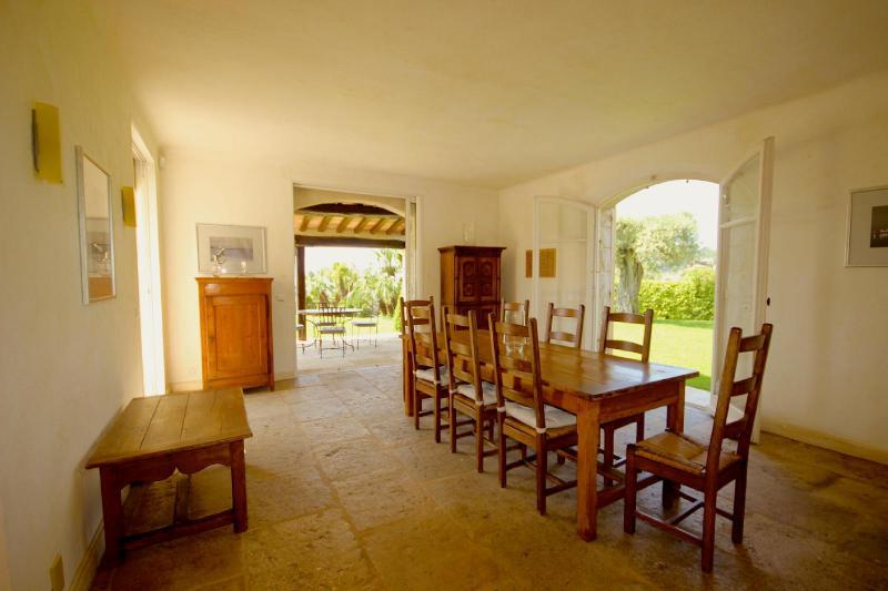 Maison de luxe à louer ALPES MARITIMES, 320 m², 4 Chambres