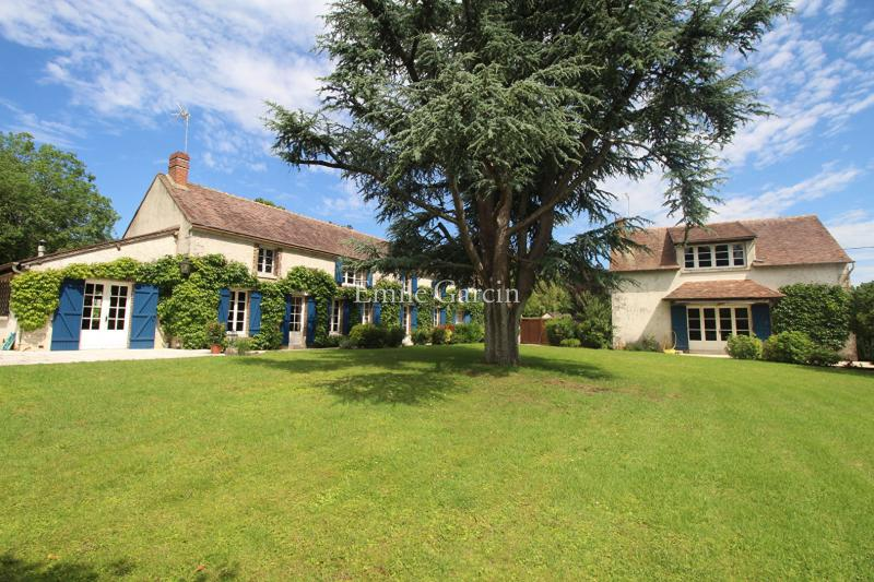 Prestige House FERRIERES, 600 m², 6 Bedrooms, € 690 000
