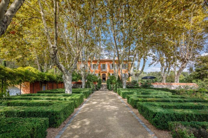 Maison de prestige CABRIES, 586 m², 8 Chambres, 4500000€