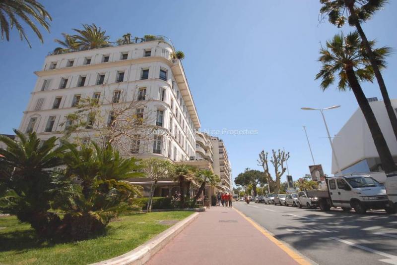 Prestige Apartment CANNES, 150 m², 3 Bedrooms, €2750000