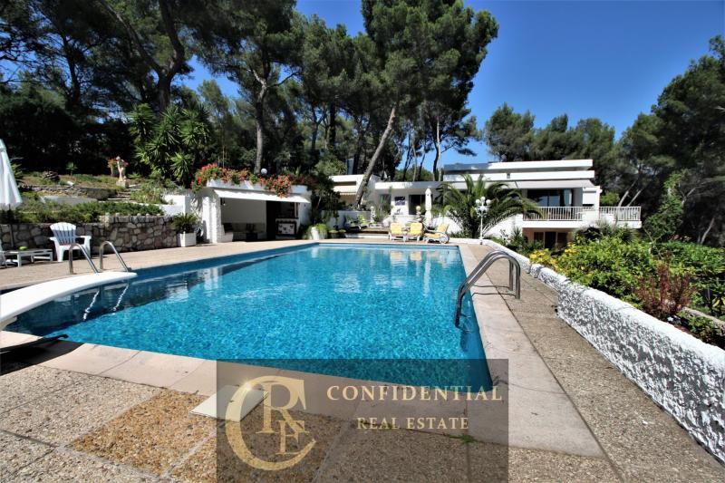 Prestige-Villa CASSIS, 250 m², 5 Schlafzimmer, 1850000€
